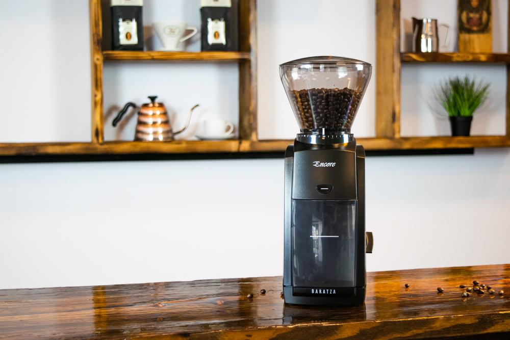 Kaffeemühle Baratza Encore mit Bohnen